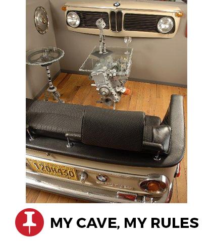 maak van een achterbank en motor een zithoek