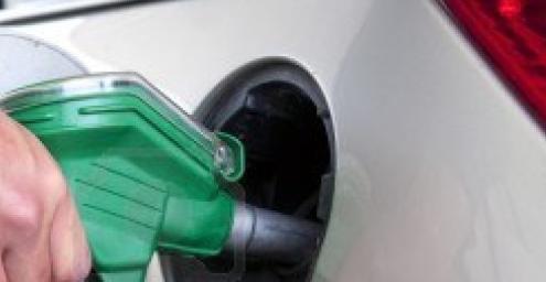 Wat kost het repareren van een brandstofpomp?