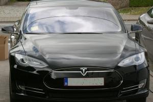 Samenwerking Apple Car en Tesla?