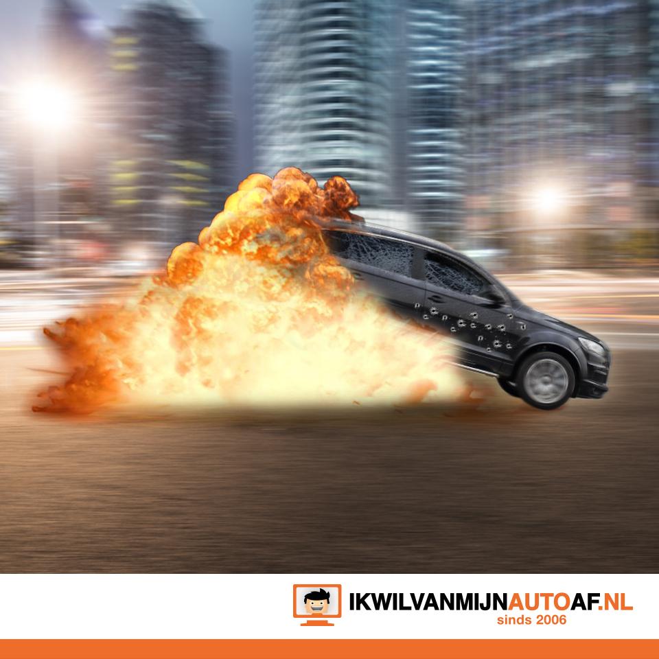 Uit elkaar spattende auto en ontploffingen