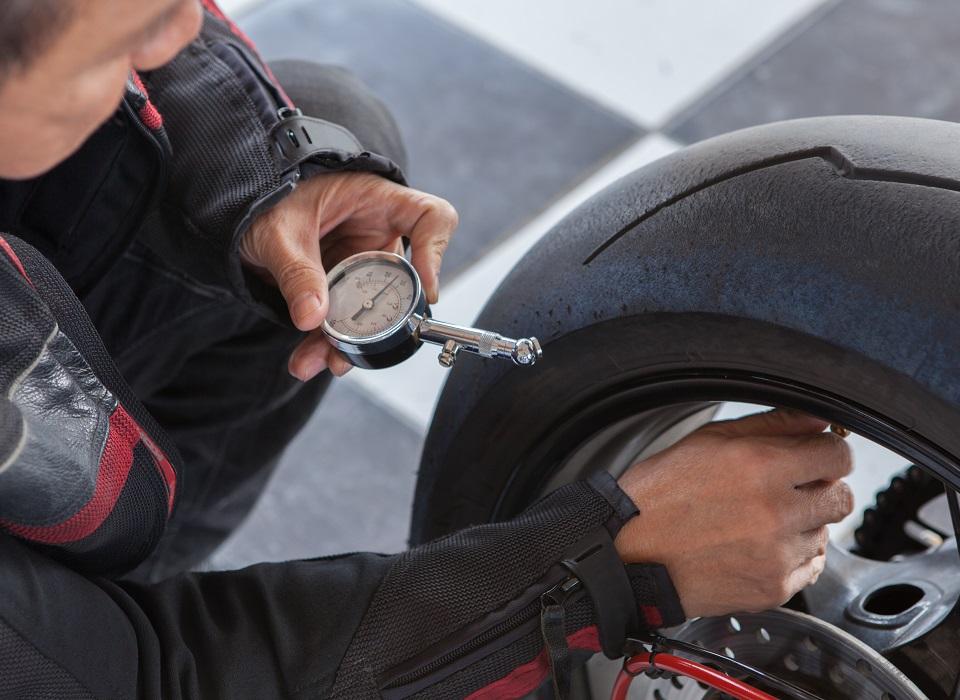 bandenspanning motor