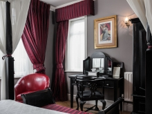 Scarlet Suite