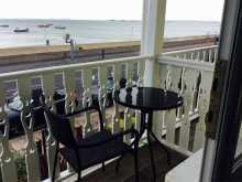 Single With Balcony