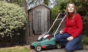 Five hottest lawn mower brands for summer 2014