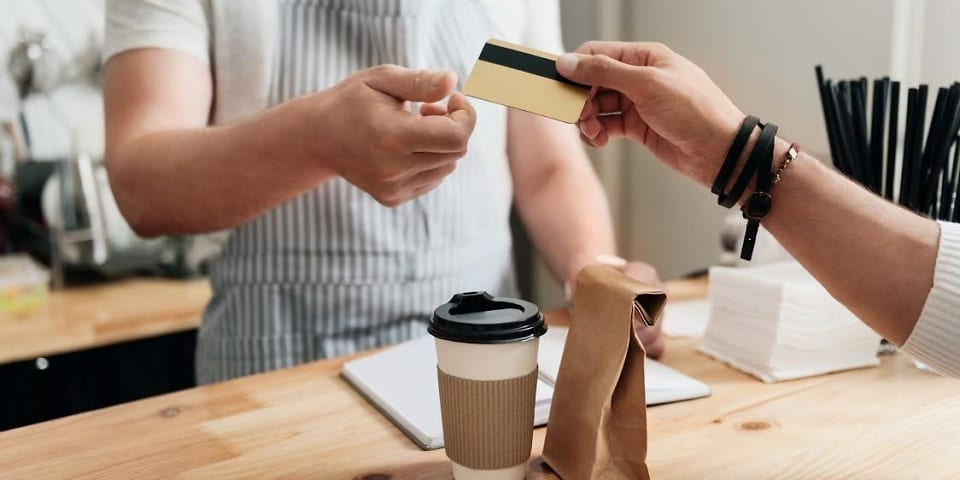 Barclaycard American Express customers to lose 1% cashback deal