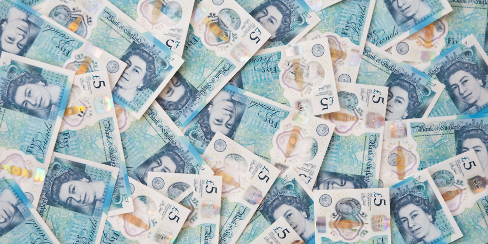 £5 note sells for £16,800: how to spot a valuable note