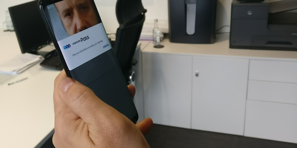 'Biometric' banking: how to log into your bank account with your eyes
