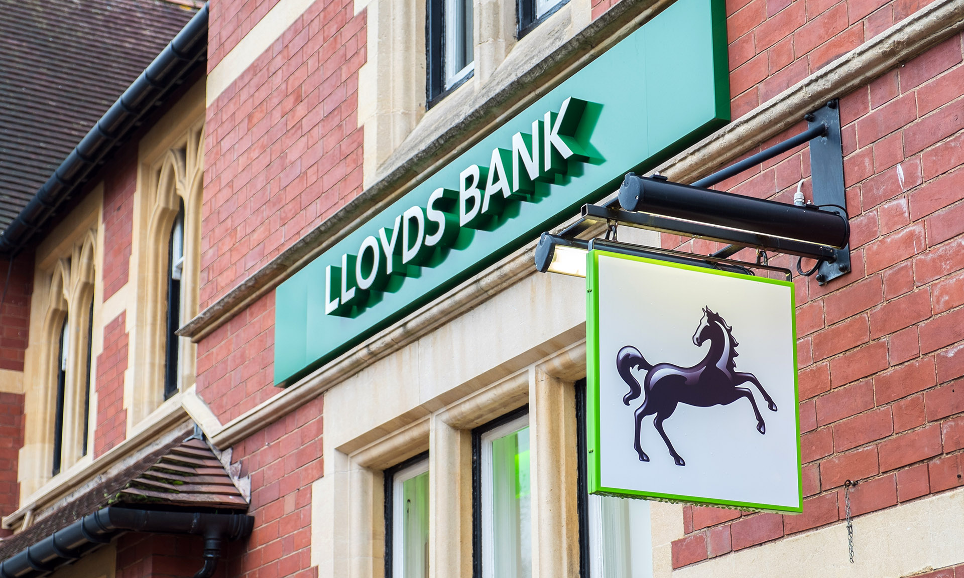 Lloyds Bank and Halifax to close 44 bank branches – Which? News