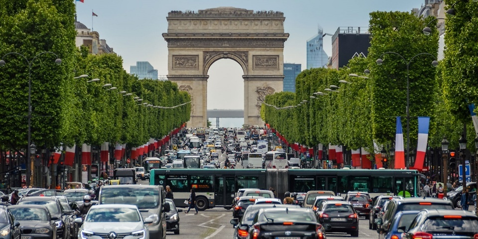 Using your dash cam abroad: what you need to know about driving in Europe