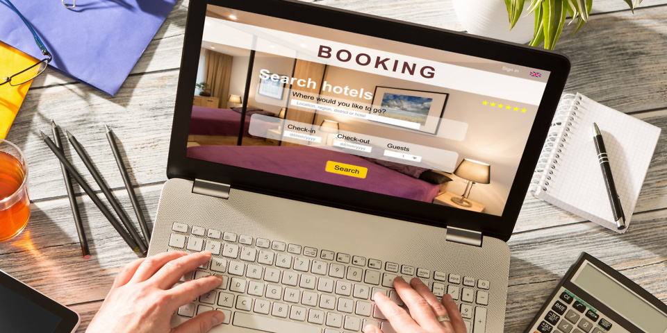 Hotel booking sites vow to clean up their act on discounts and hidden charges