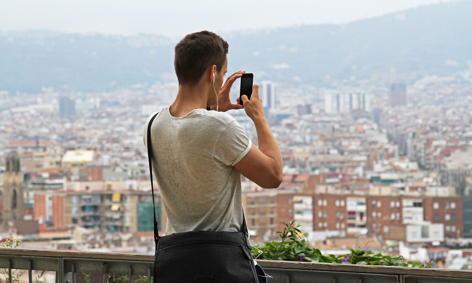 Has O2 reintroduced mobile data roaming charges? What you need to know. – Which? News