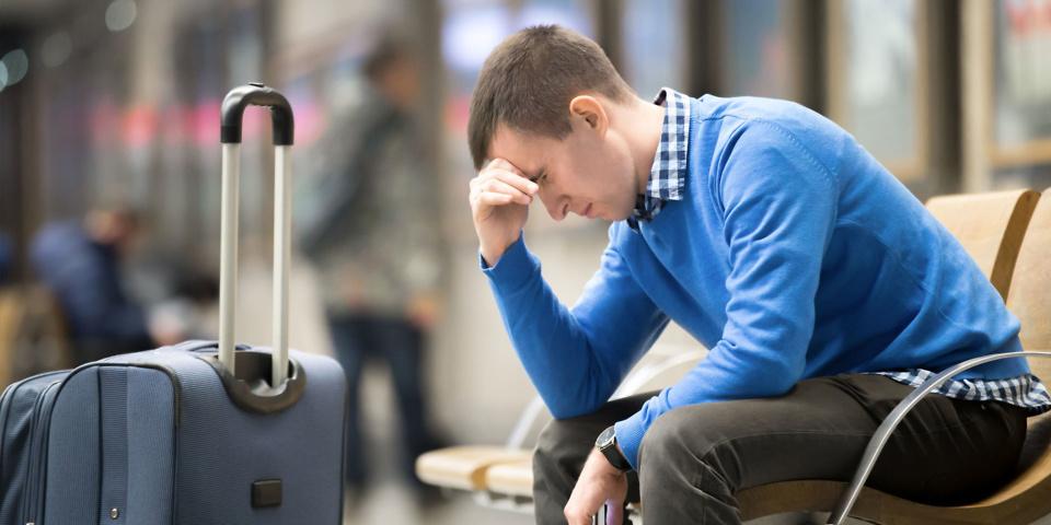 Coronavirus: airlines failing to reroute passengers