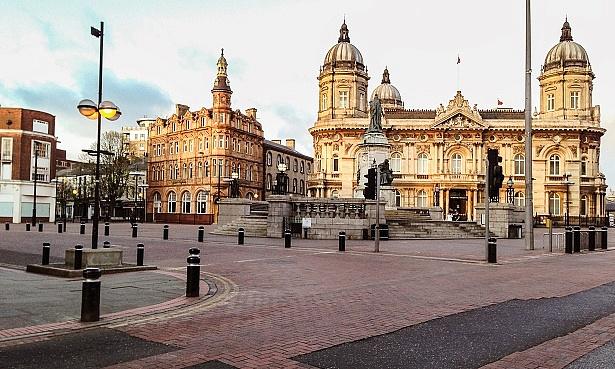 Queen Victoria Square in Hull