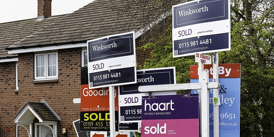 Half of all house sales fall through: how to sell your house in 2019