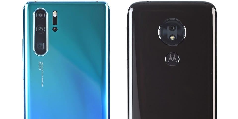 Huawei P30 Pro and Motorola moto g7 power on test