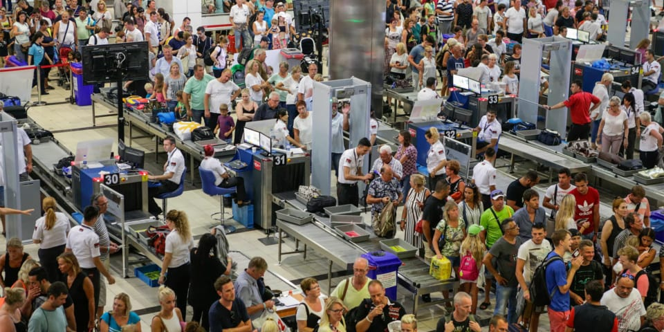 Manchester the worst large UK airport for security queues