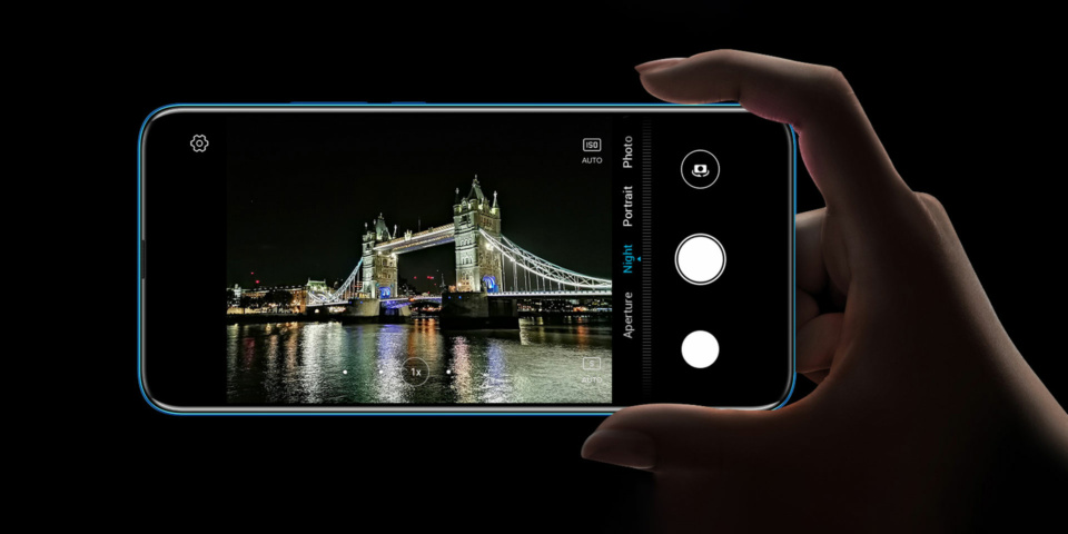 Cheap mobile phones under £300 reviewed: Realme, Motorola and Honor