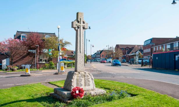 Image of junction in Lightwater, Surrey