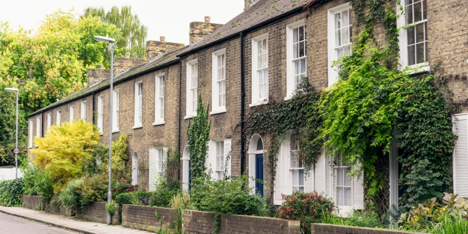 Five reasons house sales fall through and how to avoid them
