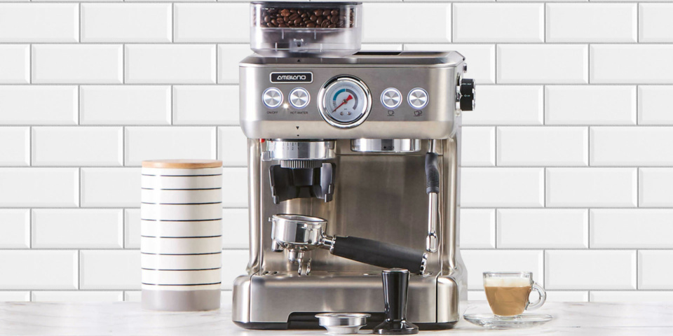 Is this cheap Sage lookalike coffee machine from Aldi worth snapping up?