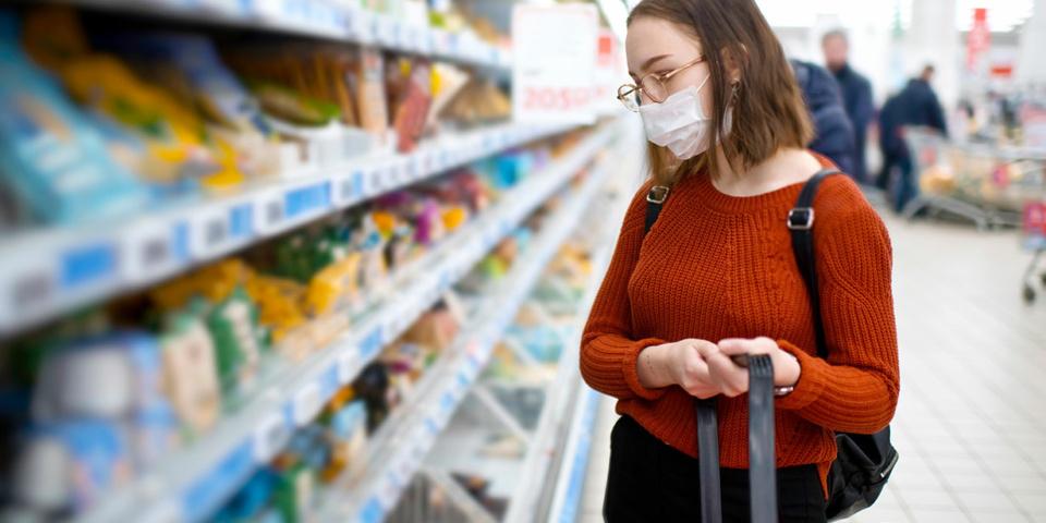 Coronavirus supermarkets latest: stores to enforce mask-wearing