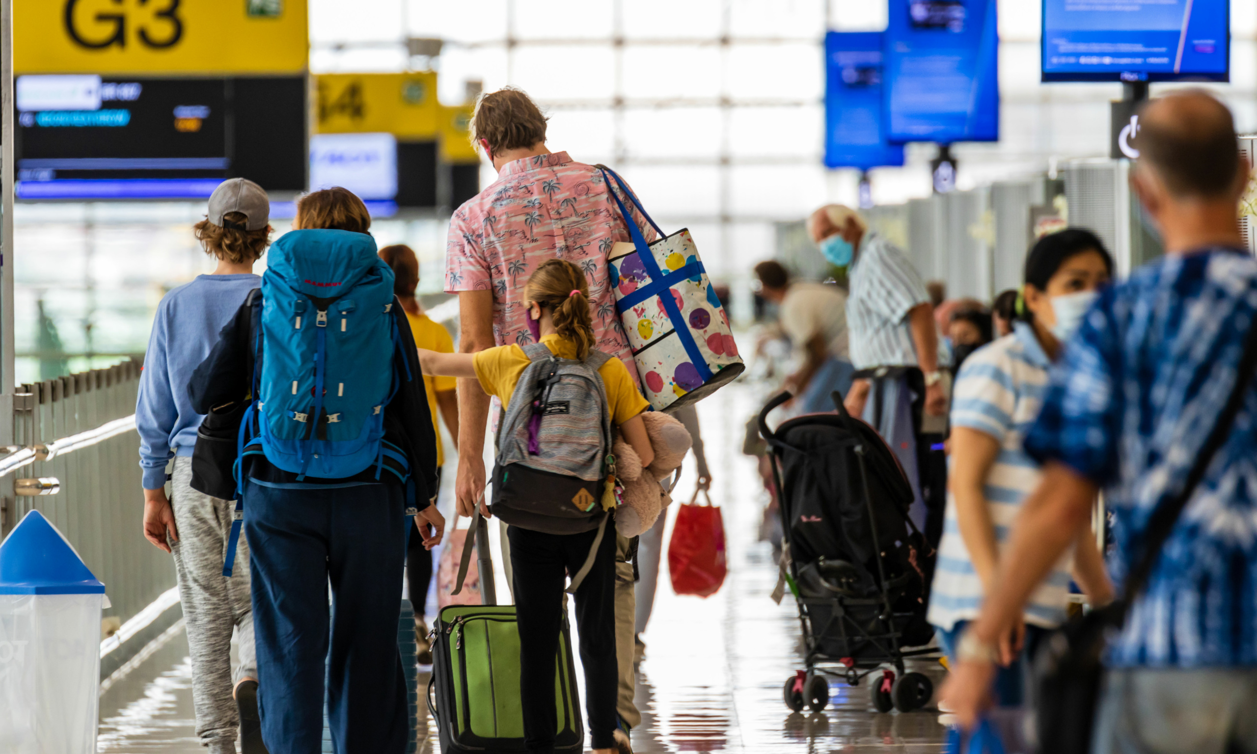 Passengers endure tightly packed security queue at Stansted Airport