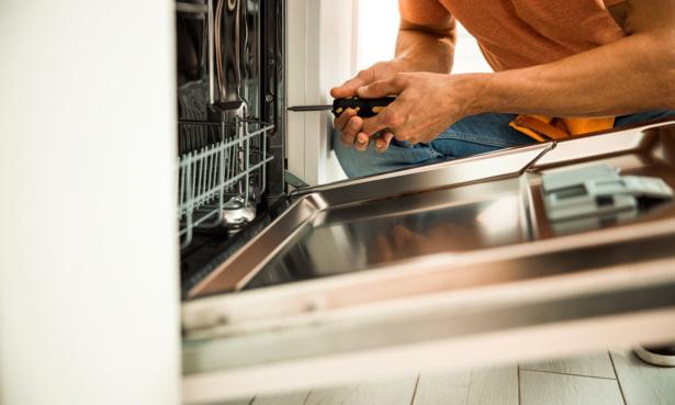 Fixing broken dishwasher door hinge and seal due to leaking