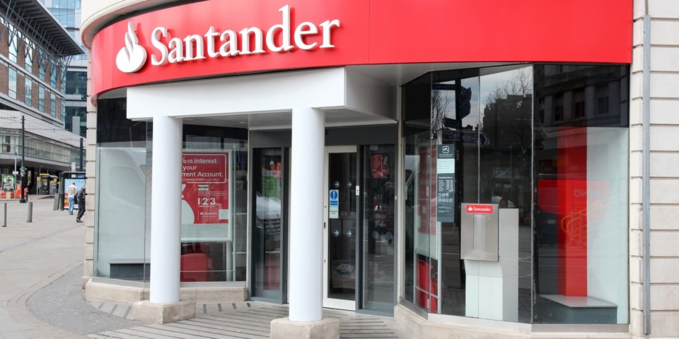 Santander 123 current account interest and cashback cuts: should you switch?