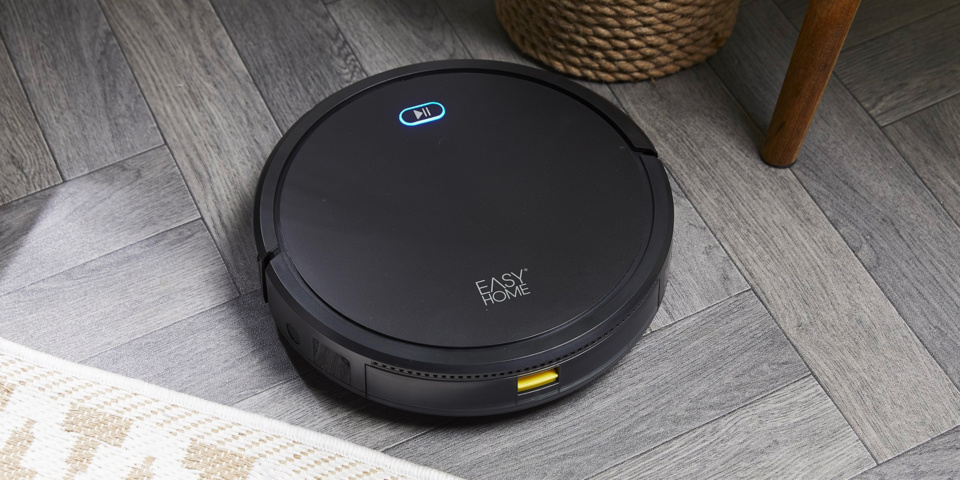 Is Aldi's cheap robot vacuum cleaner worth buying?