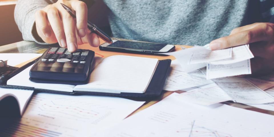 Seven tips to meet the paper tax return self-assessment deadline