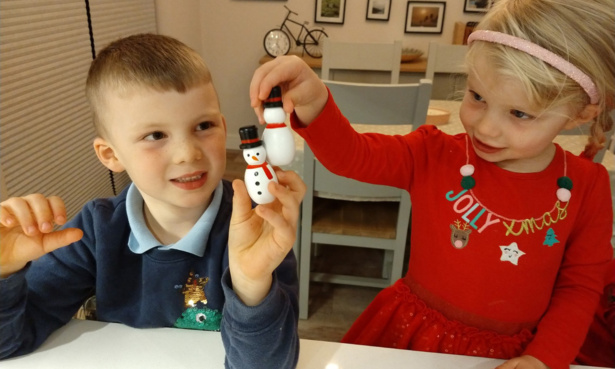 Christmas cracker testing