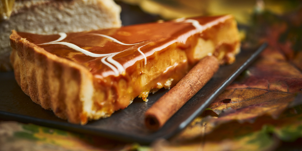 Salted caramel cheesecakes for Christmas dessert, compared