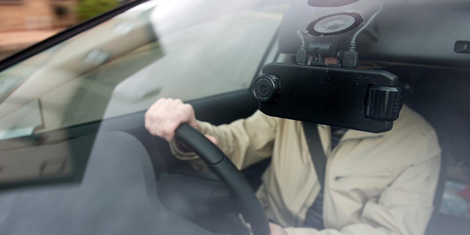 Is it ever worth spending £500 on a dash cam, or can you get away with a £40 one?