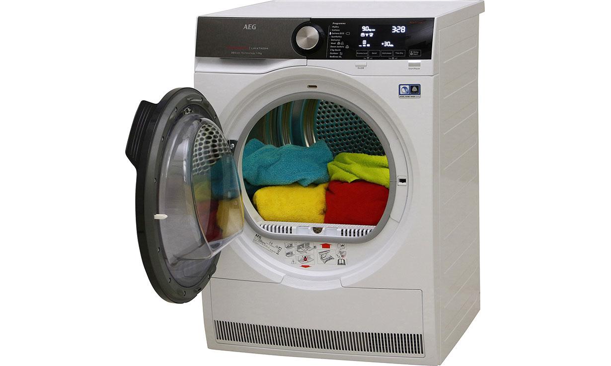 Heat-pump tumble dryer from AEG