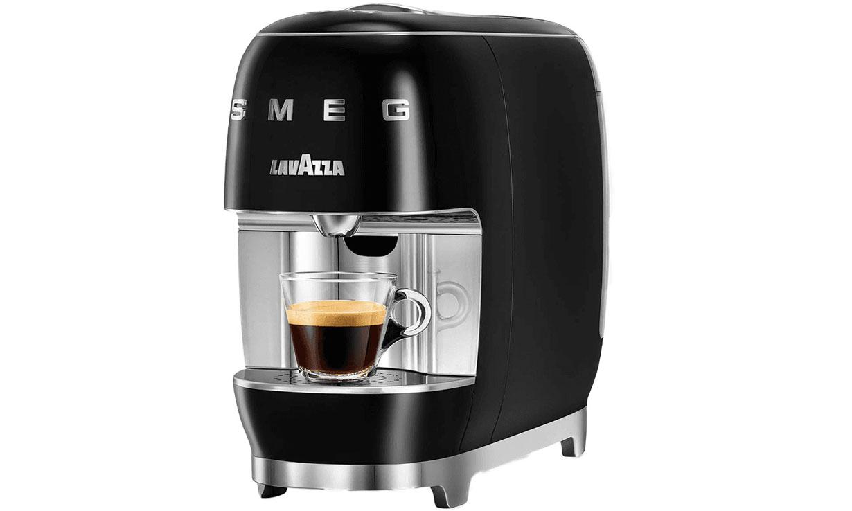 Lavazza A Modo Mio Smeg coffee machine