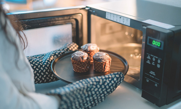 Combination microwave oven muffins