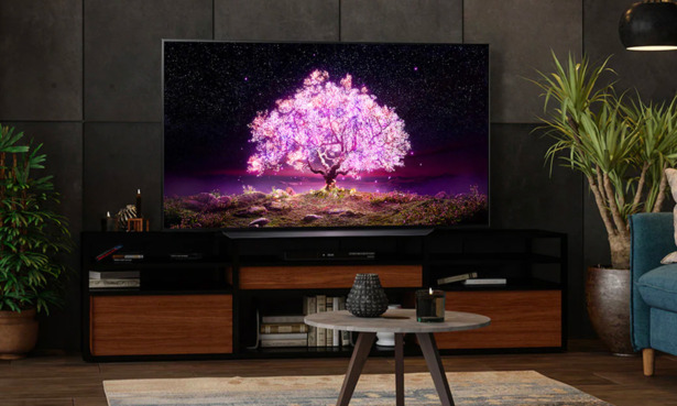 The rival LG OLED55C14LB is a better TV for gamers
