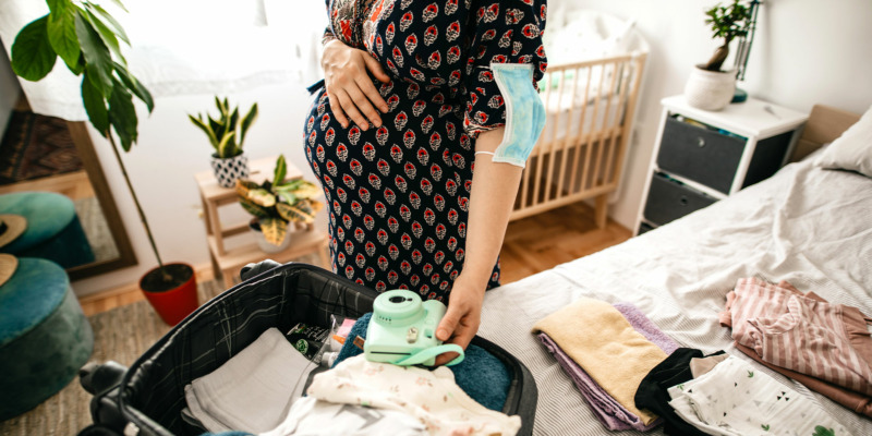 18 hospital bag essentials you need for labour and birth