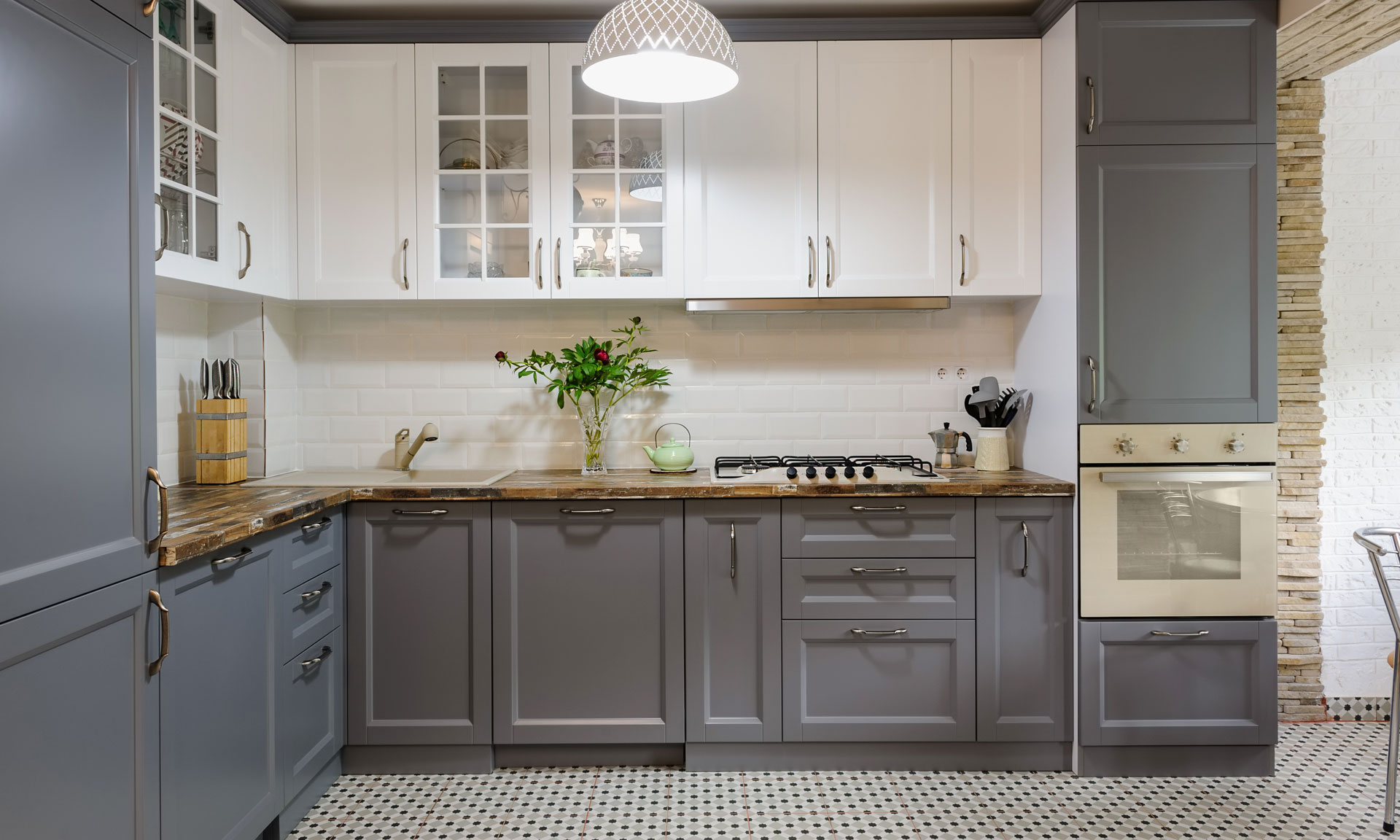 Thinking Of Painting Your Kitchen Cabinets Here S What You Need To Know Which News
