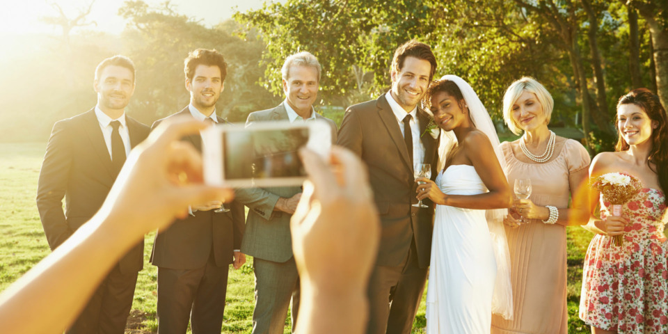 Which photo album book is best for a wedding gift?