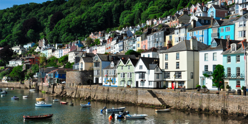Last-minute cottage holiday deals near the UK's best seaside towns