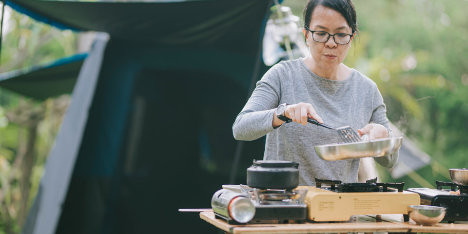 Five mistakes not to make when cooking with a camping stove
