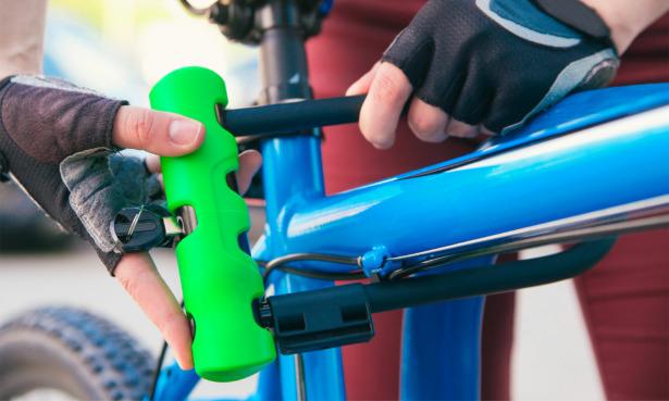 U-lock on blue bike