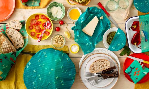 Beeswax wraps on food