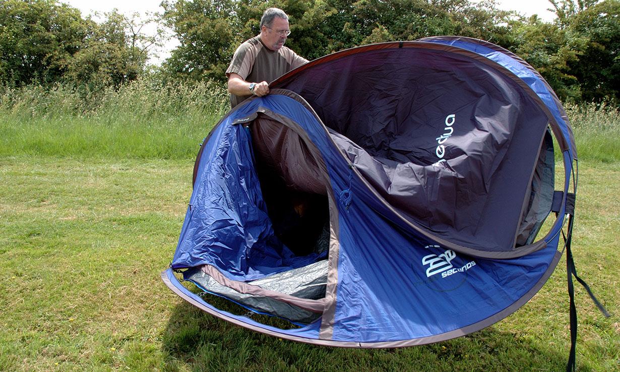 Putting up a pop up tent