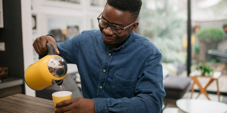 Smelly kettle? What to do if your kettle makes water taste bad