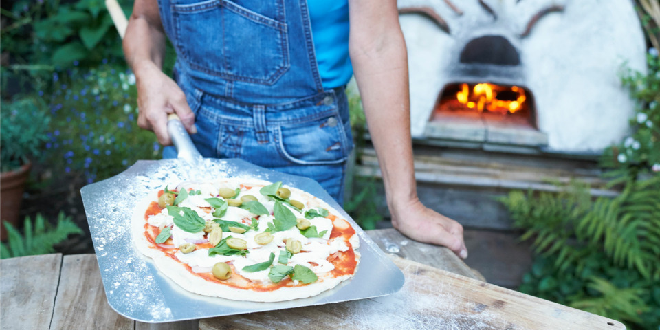Five essential tools you need for cooking with a pizza oven