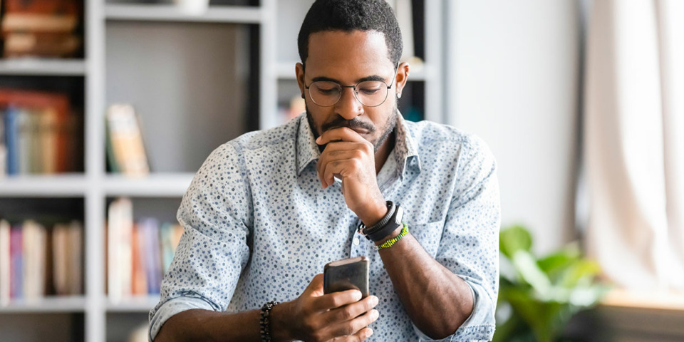 Seven things to check before you sign a new mobile phone contract