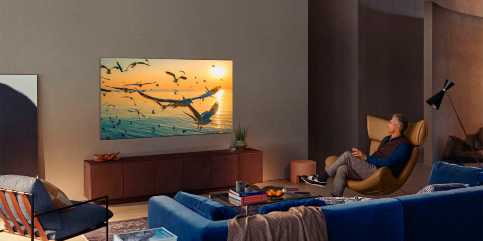 Which TVs are better? Samsung's Neo QLED 4K TVs vs OLED TVs