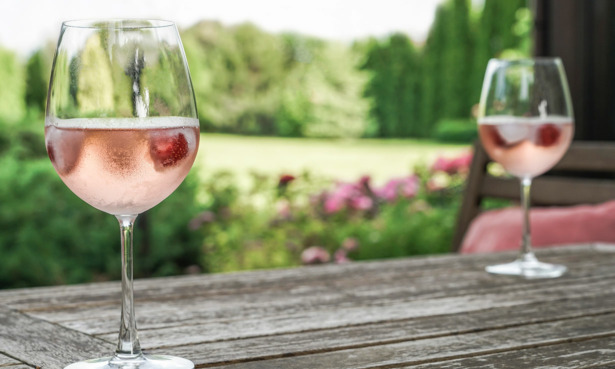 Sparkling rose on an outdoor table